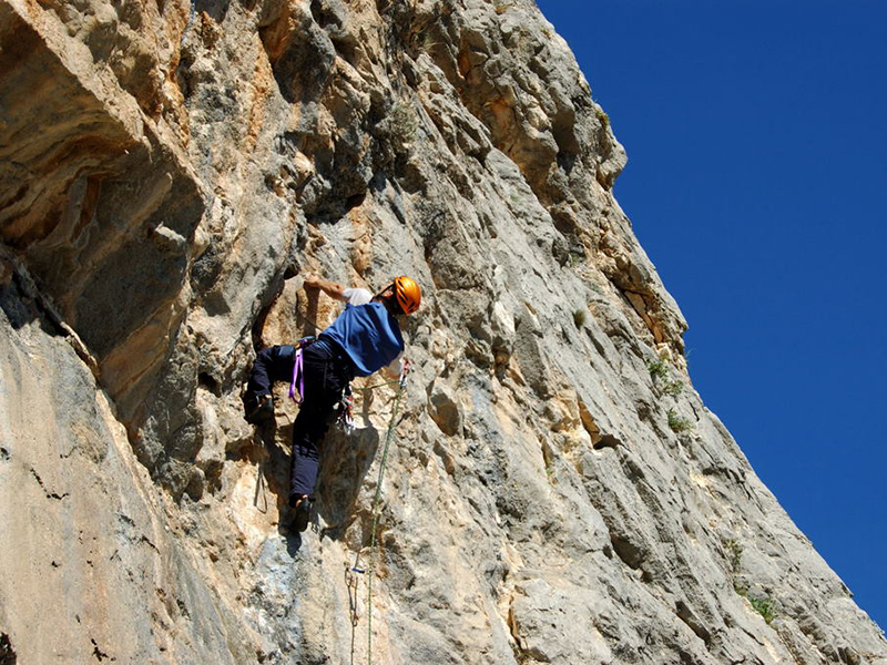 rock-climbing1